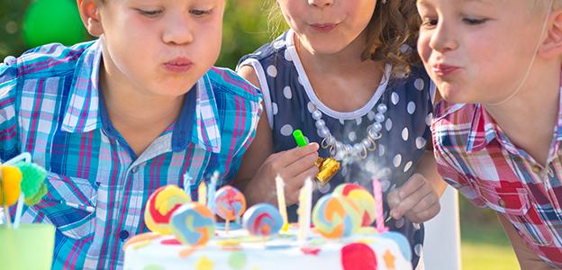 perchè-si-spengono-le-candeline-al-compleanno