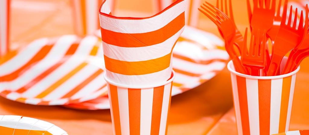 Bicchieri a strisce arancioni